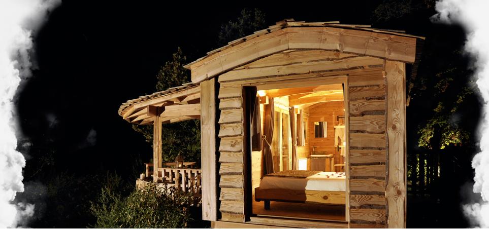 choisissez la roulotte pour vos prochaines vacances. Black Bedroom Furniture Sets. Home Design Ideas