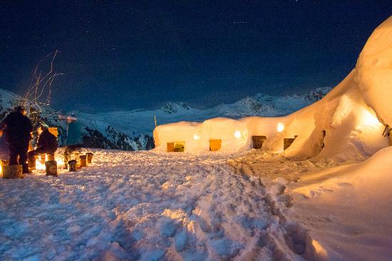 Weekend insolite dans un igloo (Blacksheep) à la Plagne